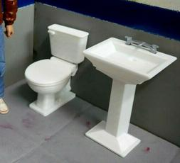 1/10 Scale RESTROOM Action Figure Garage Crawler Doll House