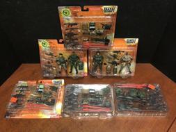 1:18 BBI Elite Force Combat Command Figures & Accessories Lo