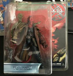 2004 MEZCO HELLBOY 1.5 CLOSED MOUTH FIGURE W/ZOMBIE CORPS
