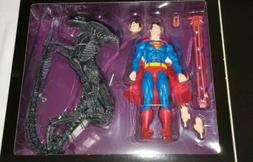 2019 COMIC-CON EXCLUSIVE SUPERMAN VS ALIEN ACTION FIGURES 2-