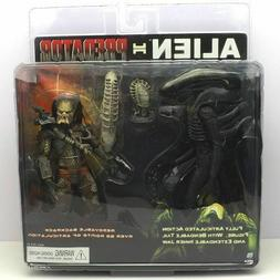 NECA 7 inch Alien+The Predator Suit Action Figure