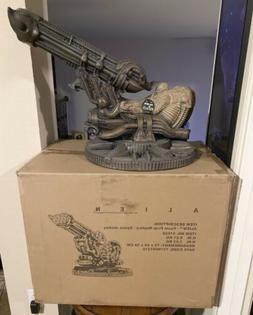 NECA Alien Foam Prop Replica SPACE JOCKEY #169/425 *Fits 7-I
