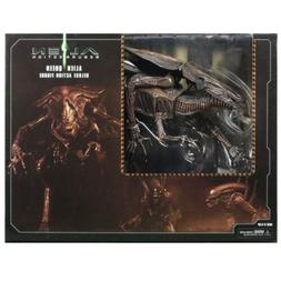 NECA Alien Resurrection Xenomorph Queen Ultra Deluxe Action