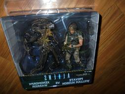 "Aliens ""PRIVATE WILLIAM HUDSON VS XENOMORPH WARRIOR"" action"
