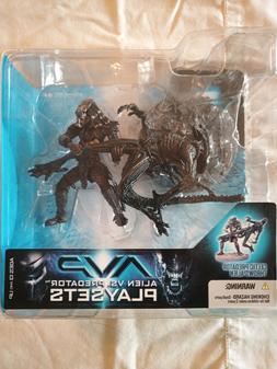 AVP Celtic Predator Throws Alien Action figure, NIB, Mcfarla