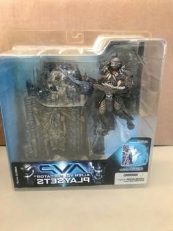 McFarlane Toys AVP Playset Predator with Base Action Figure