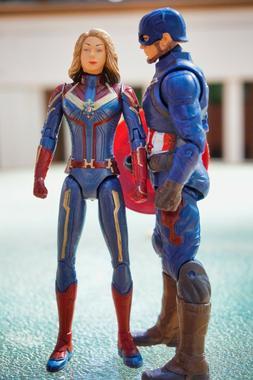 Captain America & Captain Marvel - Marvel Avengers 7-Inch Ac