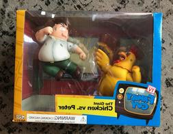 Mezco - Family Guy - The Giant Chicken vs. Peter  Action Fig