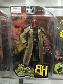 <font><b>MEZCO</b></font> <font><b>Hellboy</b></font> 2 Styl
