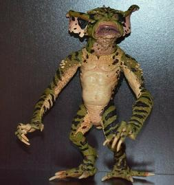 GREMLINS 2 THE NEW BATCH GEORGE GREMLIN ACTION FIGURE LOOSE