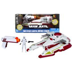 "Hasbro Year 2011 Star Wars ""The Clone Wars"" Series R/C Vehic"