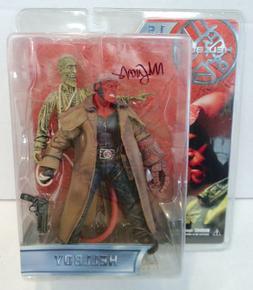 Hellboy 1.5 & Corpse Action Figure  Mezco New Signed Mignola