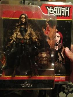 Hellboy Comic Book Liz Sherman Act Fig Mezco Art By Mike Mig