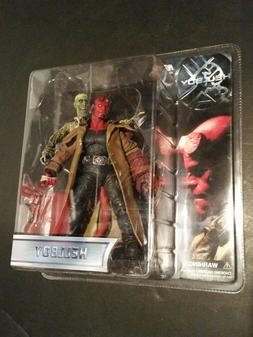 HELLBOY Mezco Movie ACTION FIGURE IVAN Corpse ZOMBIE Mike Mi