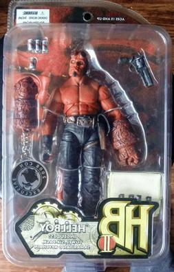 """Hellboy Red w/ Towel Six-Pack Keychain 7"""" action figure Mezc"""