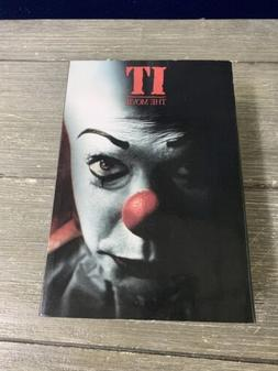 "IT  - 7"" Scale Action Figure - Ultimate Pennywise v.2 - NECA"