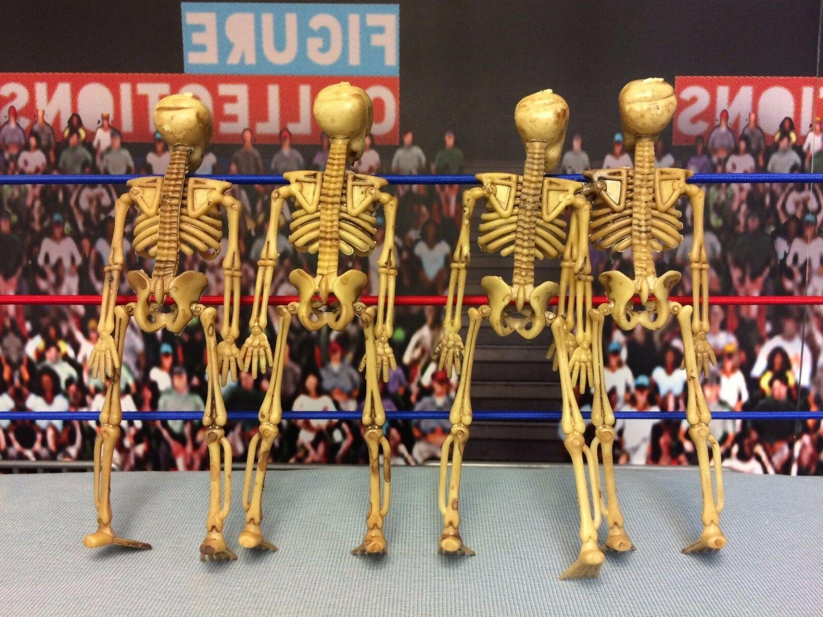 Action Display Accessory Skeletons of 4 Accessories Mortal