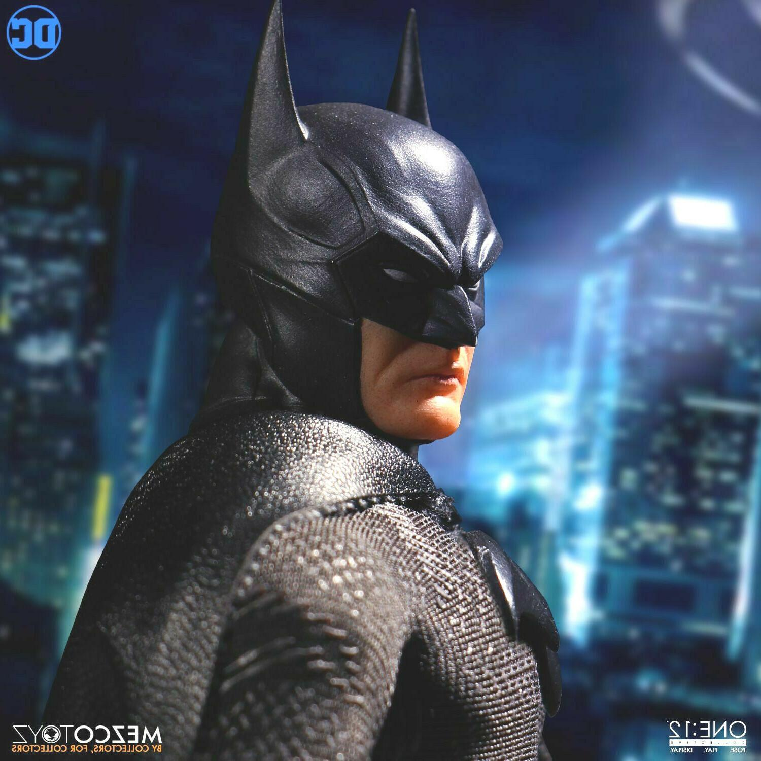 BATMAN Sovereign MEZCO TOYZ One:12 Collective Action New Stock