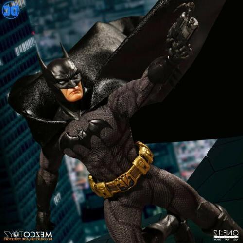 Batman Mezco Toyz One:12 DC IN Action Figure
