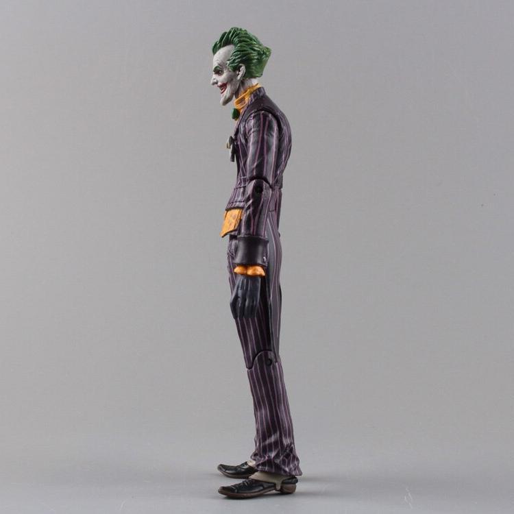 DC <font><b>Batman</b></font> PVC <font><b>Action</b></font> Model