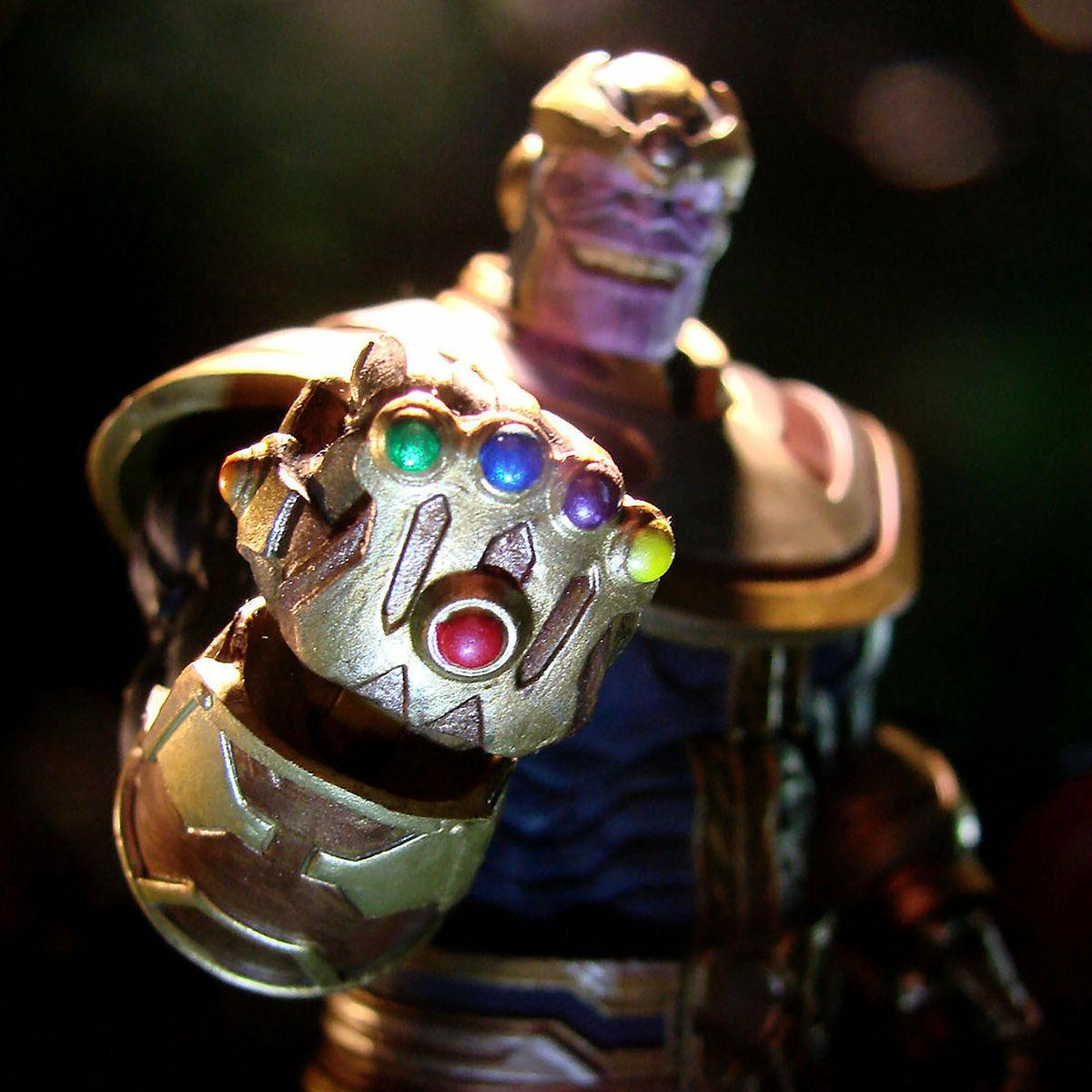 Disney Store Thanos Action Figure by Marvel Select-7'' FAST