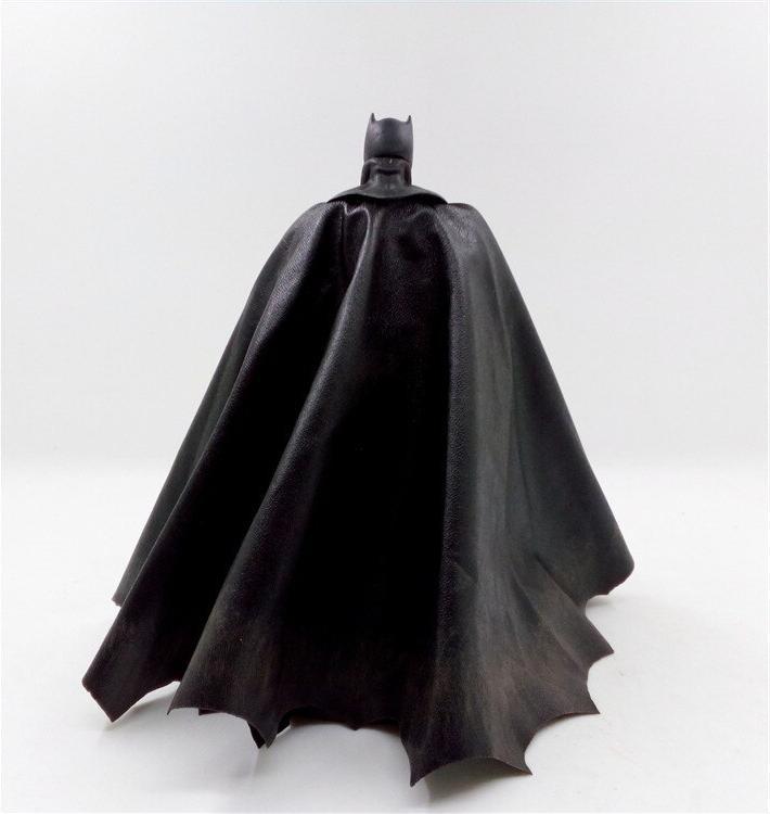 """<font><b>Mezco</b></font> DC <font><b>Batman</b></font> Collective 6"""" Collectible Model"""