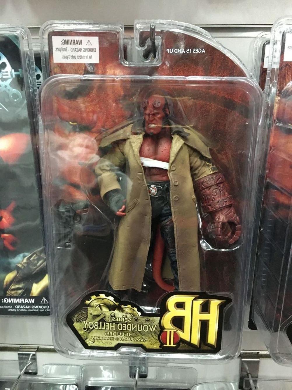 <font><b>MEZCO</b></font> <font><b>Hellboy</b></font> PVC <f