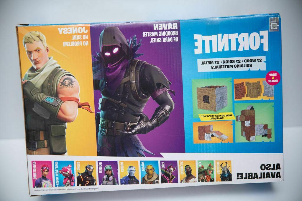 Fortnite Set 2 Pack, Jonesy & inside