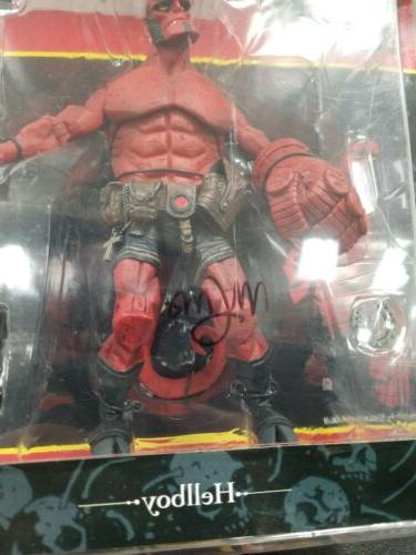 Hellboy Closed Mouth Figure Mezco Signed Mike