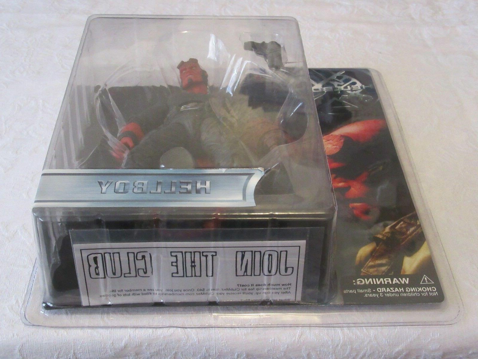 Mezco Hellboy With Jacket