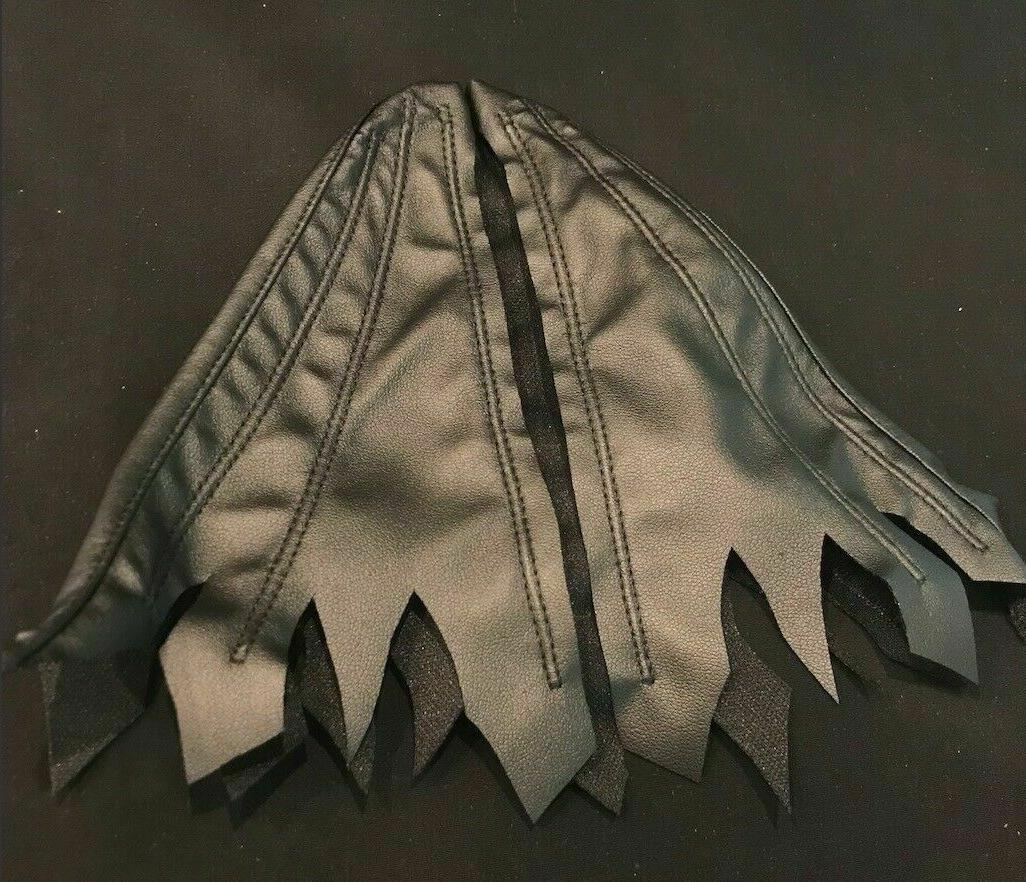 KC-BAT-DVC: for Multiverse Mezco