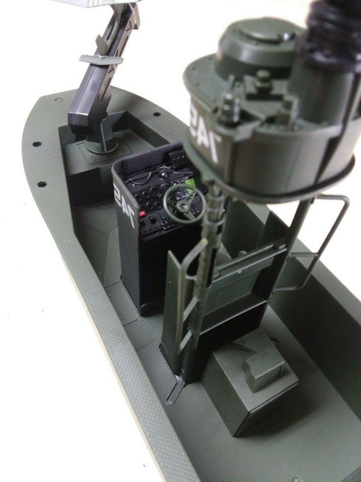 Elite Military Forces Scale Vehicle Gun Boat