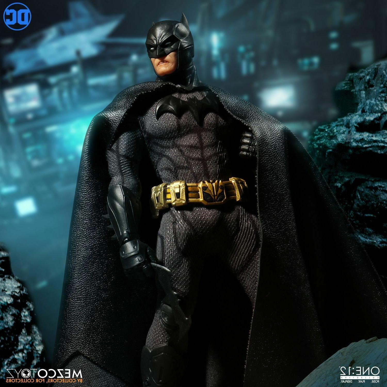 "MEZCO ONE Batman Sovereign 6"" IN STOCK NOW!!!!"
