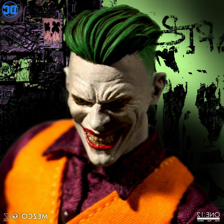 Mezco One DC Joker Clown of Crime 1/12 Figure In
