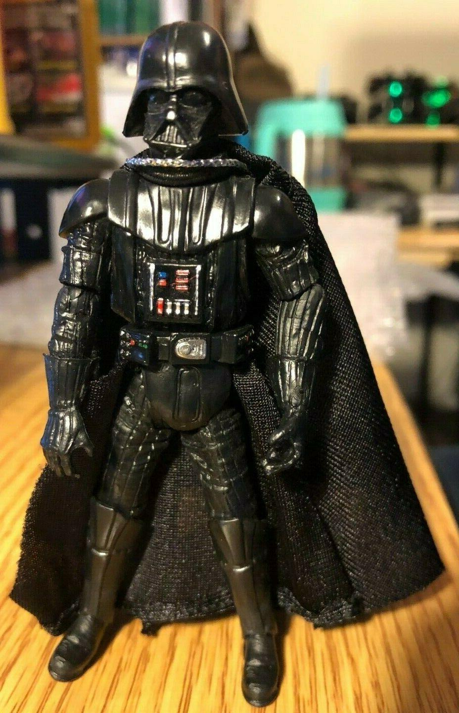 "Star Wars 4"" Figure but cloth cape"