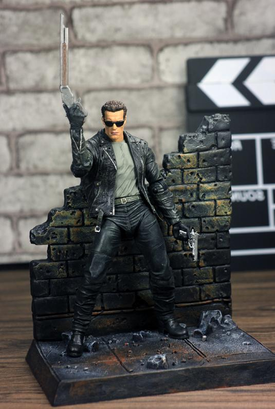 "Terminator T-800 7"" Action Figure by NECA"
