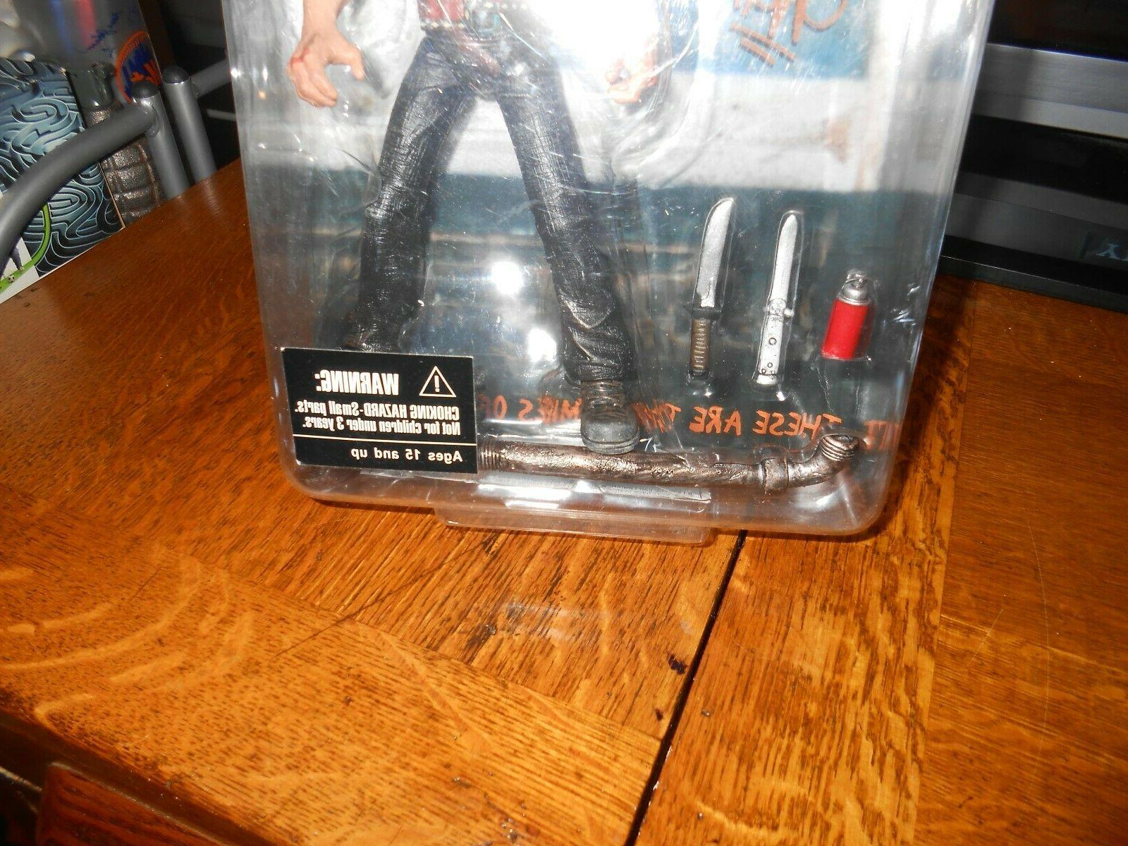 MEZCO WARRIORS ACTION EXTRAS SHIP