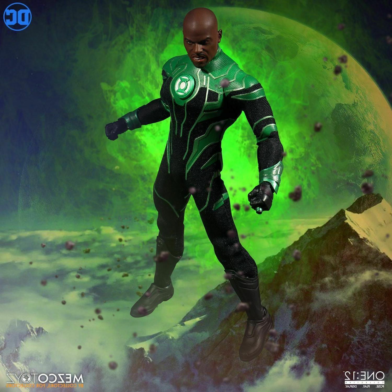 Mezco Green One:12 Action John DC