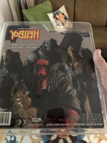 Mezco Hellboy Book Alien UNOPENED