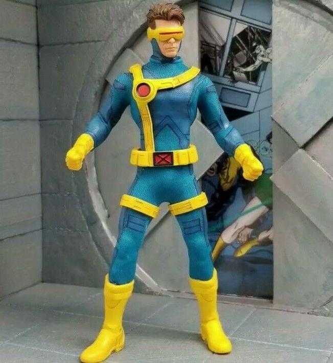 Mezco Cyclops Figure