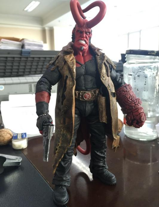 us 7 action figure model toy hellboy