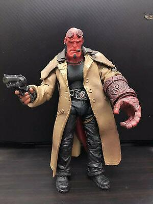 "US! Hellboy HB 7"" Action Figure Smoking Ver."