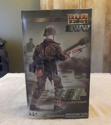 Waffen SS Rifleman action NEW