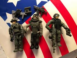 Mega Bloks Call of Duty Armored Vehicle Charge figure only -