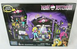Mega Bloks Monster High 371 Psc Graveyard Garden Party Set C