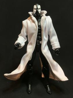 PP-LTC-WHT: 1/12 White Wired Trench Coat for Mezco Marvel Le