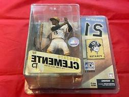 ROBERTO CLEMENTE PITTSBURGH PIRATES COOPERSTOWN SERIES 3 MCF