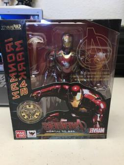 SH Figuarts Avengers/Age of Ultron Iron Man Mark 45 Authenti