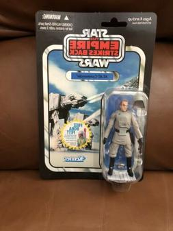 Star Wars The Empire Strikes Back At-At Commander Action Fig