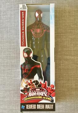 "Marvel Titan Hero Series: ULTIMATE SPIDER-MAN 12"" Inch Actio"